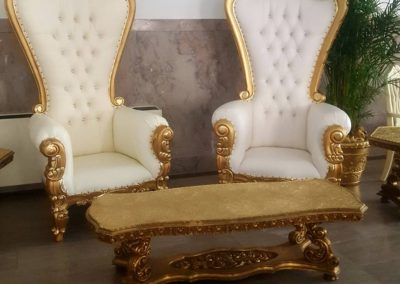 Golden Thrones