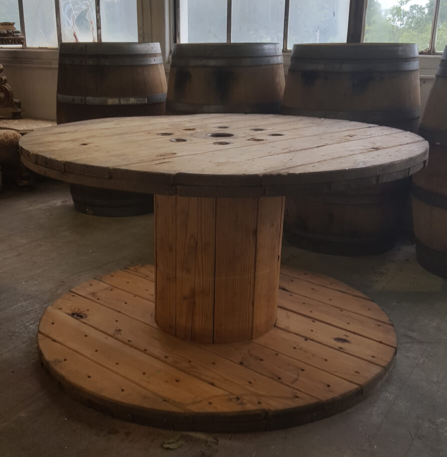 Rustic Wooden Spool Table | Uniquely Chic Vintage