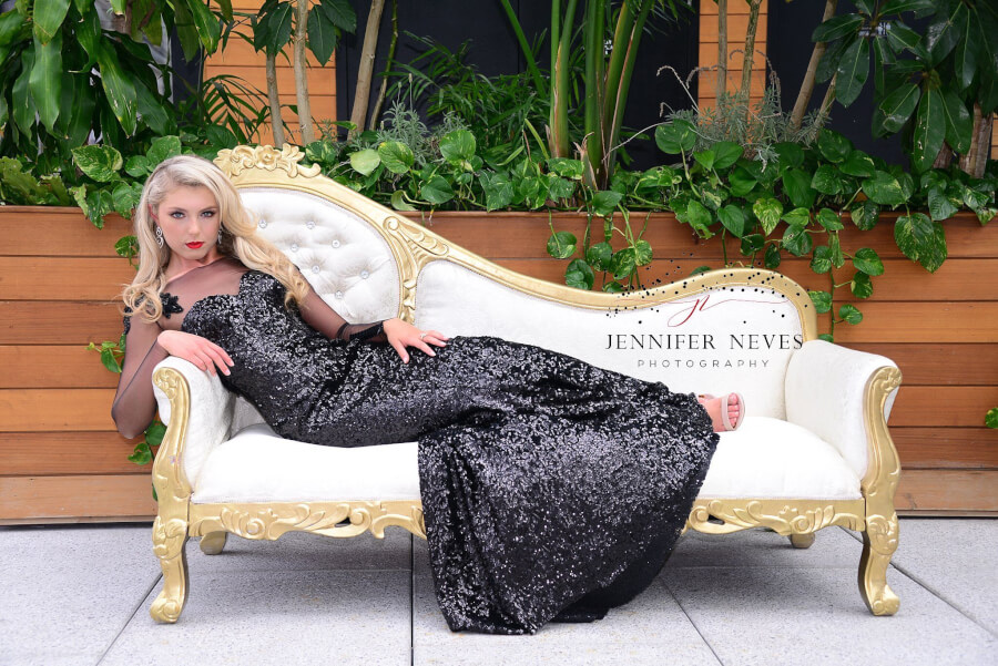 Bombshell on the Gold & Ivory Diamond Chaise
