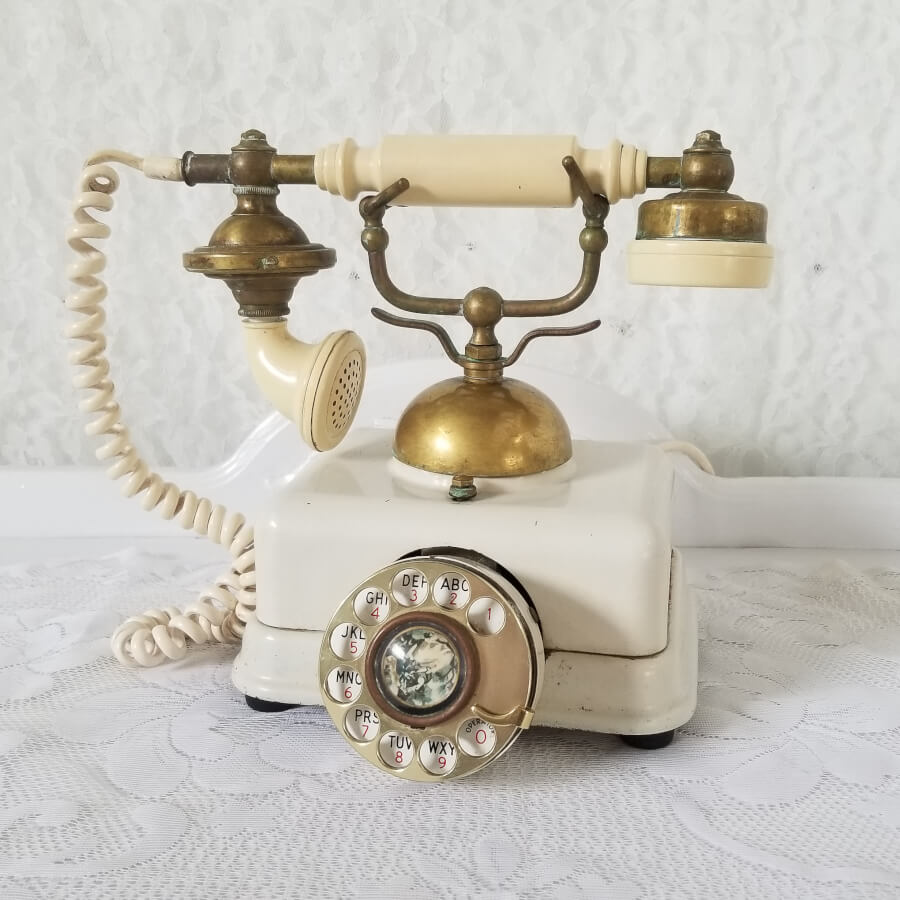 Antique Rotary Telephone | Uniquely Chic Vintage Rentals