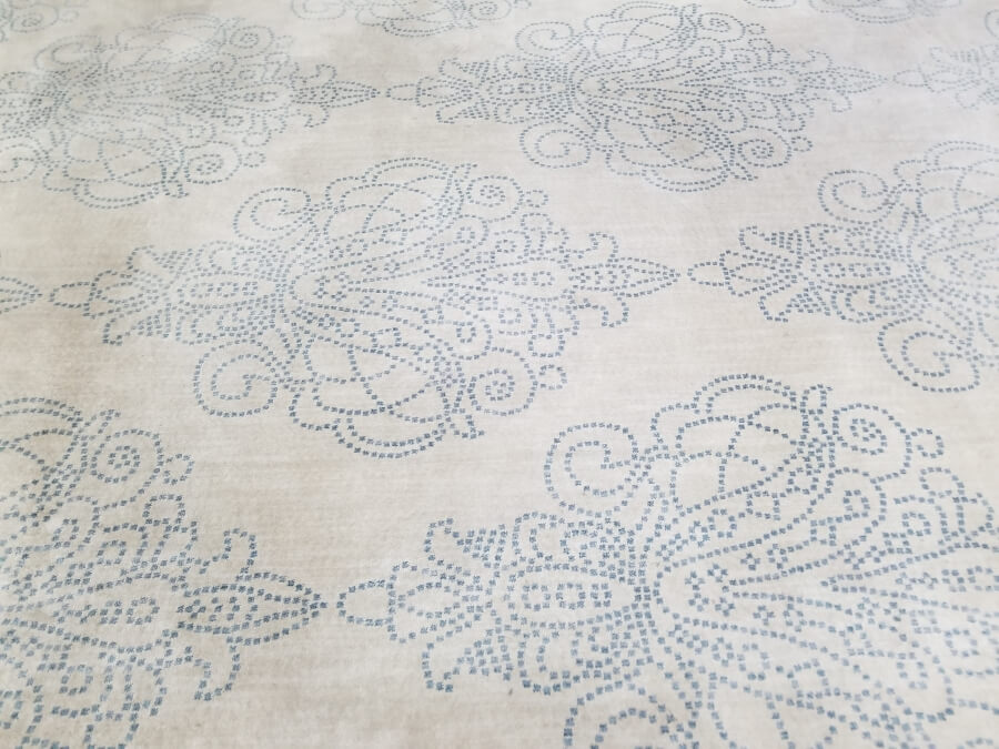Ivory Damask Rug (Detail) | Uniquely Chic Vintage Rentals
