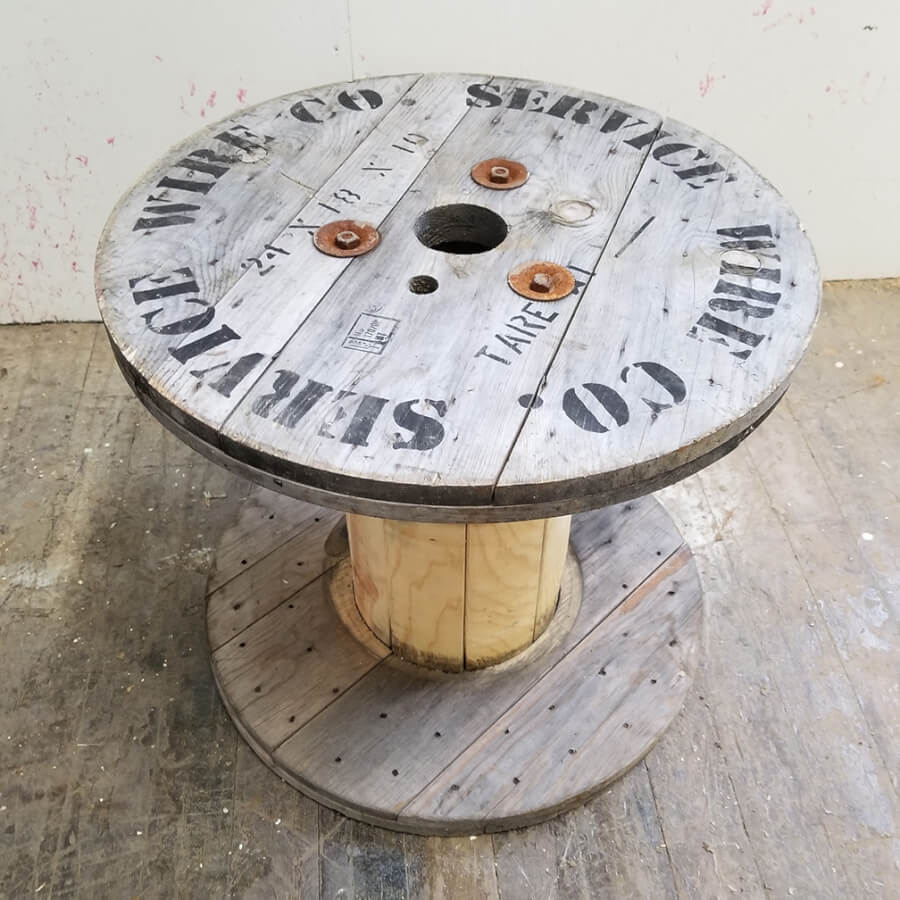 Rustic Spool (Detail) | Uniquely Chic Vintage Rentals