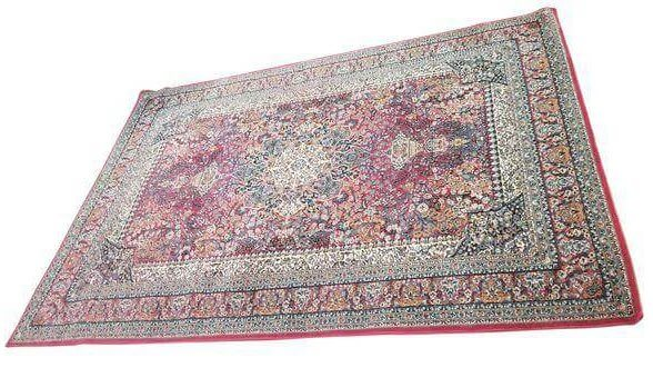 Oriental Rug | Uniquely Chic Vintage Rentals