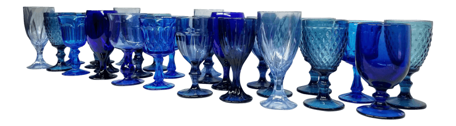 Blue Glass Goblets | Uniquely Chic Vintage Rentals