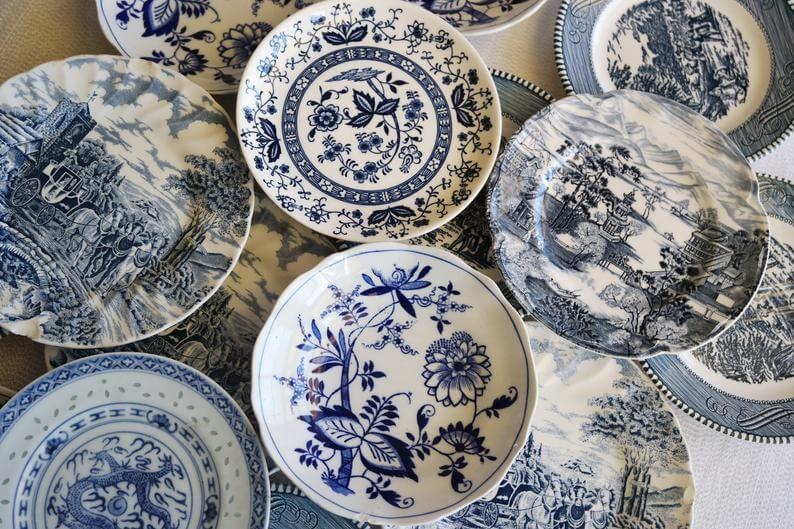 Vintage Blue & White Salad / Appetizer Plates
